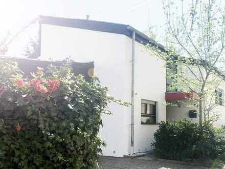 Zuhause in Oberursel - Reihenendhaus mit viel Licht und 150 qm Platz in ruhiger Lage