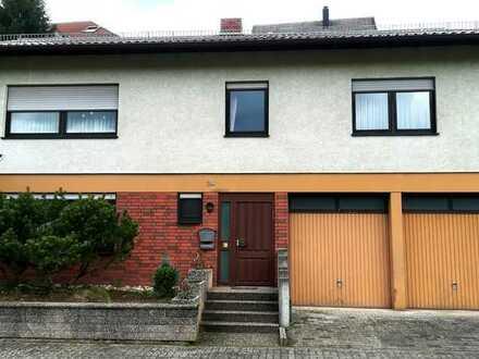 Reserviert!!! Großes Einfamilienhaus mit Garten,Terrasse, Garage in ruhiger Stadtrandlage.