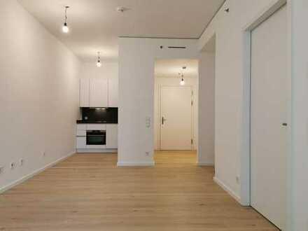 Grand Tower Erstbezug: Luxus 2-Zimmer-Wohnung