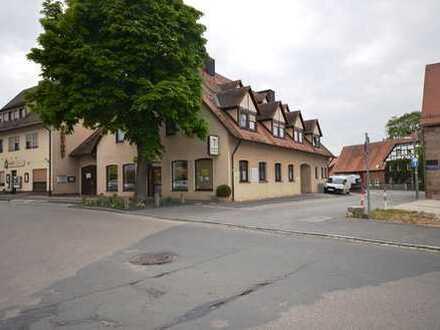 Wohnen und Arbeiten unter einem Dach! Wohnhaus mit Metzgerei, Ladengeschäft und 7 PKW-Stellplä