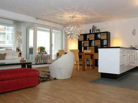 SZENEVIERTEL-BELGISCHES VIERTEL!  exklusive 3-Zimmer-Wohnung mit 2 Balkonen