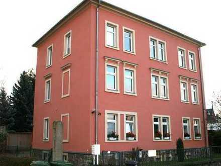 4-Raum-Wohnung mit Balkon - ruhige Nebenstraße, aber doch zentral in Radebeul