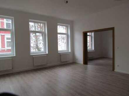 Erstbezug nach Sanierung: attraktive 4-Zimmer-Wohnung mit EBK in Offenbach am Main