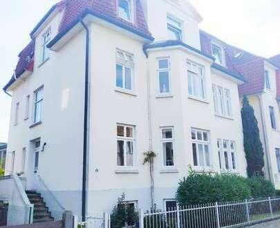 Hübsch wohnen im Altbau mit hohen Decken im Gerichtsviertel mit Balkon u. Gemeinschaftsgarten!