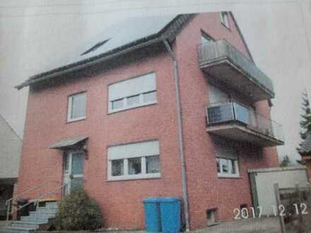 Gepflegte 4-Zimmer-Maisonette-Wohnung mit Balkon und EBK in Jülich