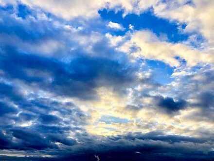 Sky is the limit! 2,5-Zimmer-Galeriewohnung im 21./22. OG im höchsten Wohngebäude Potsdams -we181-