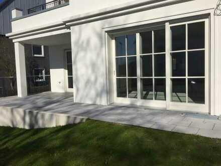 Hier ist Platz für die Familie!! Neue 4-Zimmer-Erdgeschosswohnung mit Terrasse in Bochum-Ehrenfeld