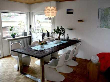 Sonnige 3-Zimmerwohnung mit Neckarblick