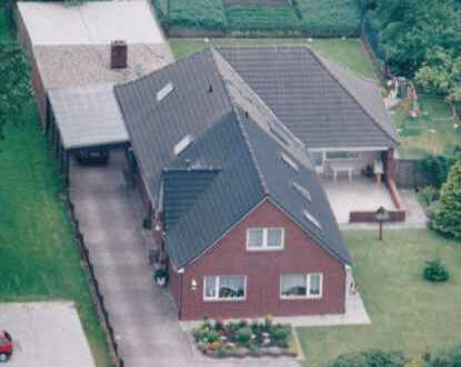 Preissenkung: Großes Zweifamilienhaus