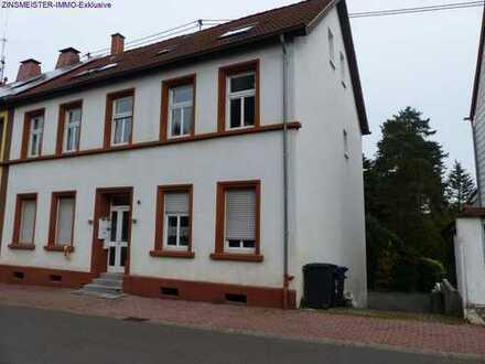 Schöne 2 Zimmer DG Wohnung mit Loggia NK-Wiebelskirchen zu verkaufen