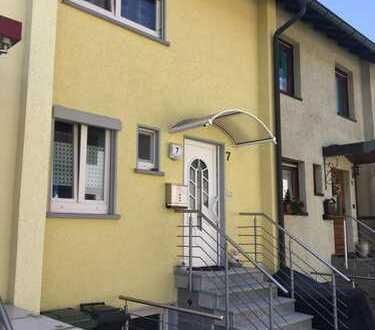 Zentral gelegenes Reihenhaus zum Preis einer Wohnung