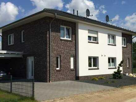 Schöne Doppelhaushälfte mit gehobener Ausstattung in ruhiger Wohnlage in Visbek (Kreis Vechta)