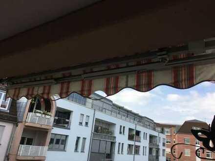 Diese schöne Wohnung mit Balkon befindet sich im Herzen von St. Johann, Neikestraße 11