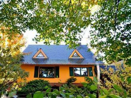 Schöner wohnt es sich im Grünen-Individuelles Haus in traumhafter Lage