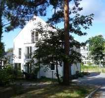 Großzügiges, modernes Doppelhaus bietet Freiraum in verkehrsgünstiger Reinickendorfer Lage