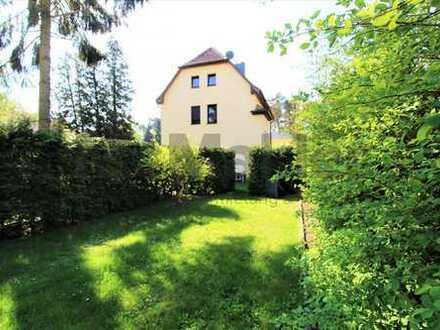 Schönes Mehrfamilienhaus in idyllischer Waldlage