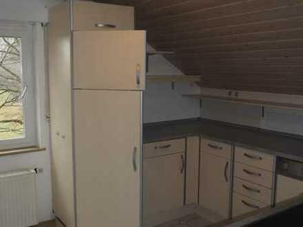 Renovierte 3-Zimmer-DG-Wohnung mit EBK in Stuttgart-Sillenbuch
