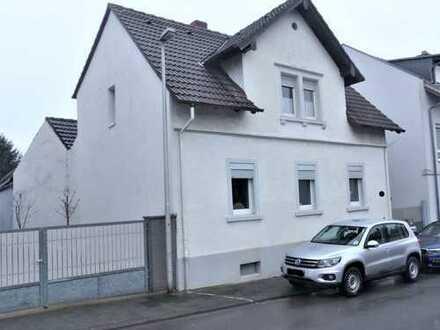 Einfamilienhaus mit genehmigtem Ausbaupotenzial