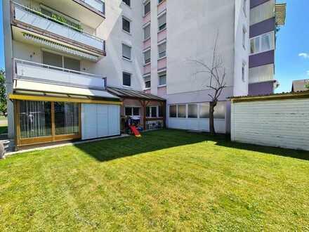 *Große 3,5 Zimmer Erdgeschosswohnung mit herrlichem Garten!*
