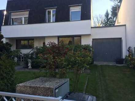 Schönes Haus mit sieben Zimmern in Berlin, Grunewald (Wilmersdorf)