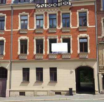Gute Anlage! Vermietete 4-Raum-Etagen-Wohnung, 2. OG, Balkon, Stellpl., Kü+Bad mit Fenster