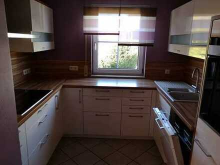 Gepflegte 3,5 Zimmerwohnung (Küche, Stellplätze) in Hummeltal zu vermieten