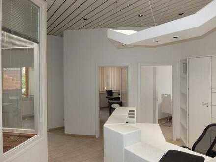 29_ZIB3638 Moderne Praxis- oder Büroeinheit / Neutraubling