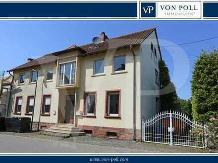 Historisches Mehrfamilienhaus in ruhiger Ortsrandlage im Rosendorf