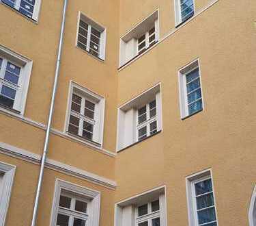 Wohntraum bezugsfertig - 3-Raum-Wohnung im Zentrum!