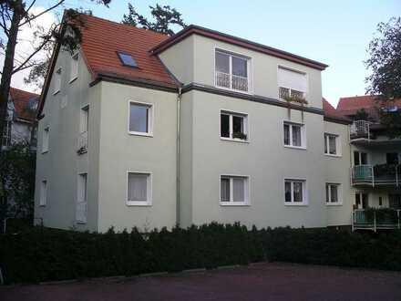 3 Zimmer +2 Hobbyräume Maisonette Wohnung in Köpenick