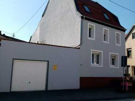 Ansprechendes und modernisiertes 6-Zimmer-Einfamilienhaus zur Miete in Staudernheim, Staudernheim