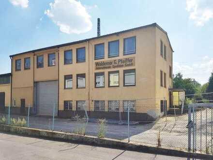 Bürogebäude mit Lagerfläche in Stuttgart-Obertürkheim