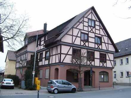 Neu renovierte 3 Zimmer Wohnung direkt am Möhlerplatz