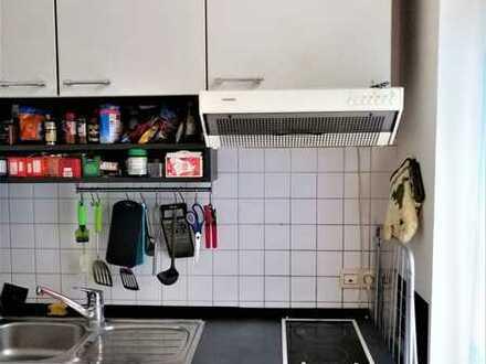 1 Zimmer Wohnung mit Balkon / Vermietet wird nur an Studenten