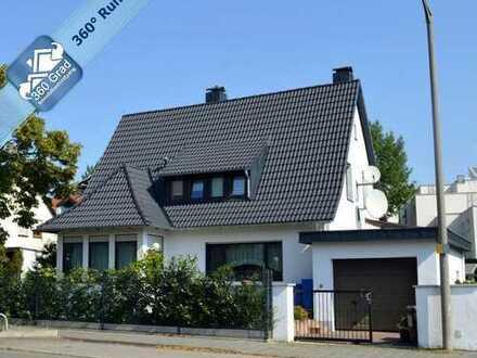 Schönes Stadthaus mit 7 Zimmern in begehrter Lage von Nürnberg Stadteil Röthenbach