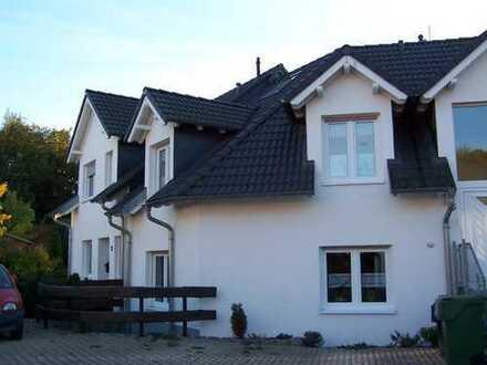 Gemütliche 3-Zimmer-Dachgeschosswohnung mit Balkon in Wipperfürth Thier