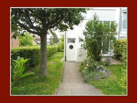 Die Alternative zum Haus – Maisonette mit Haus-Charakter,Terrasse & Garten in kleiner Einheit
