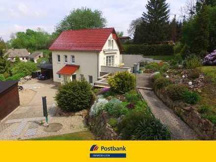 Einfamilienhaus mit wunderschönem Grundstück