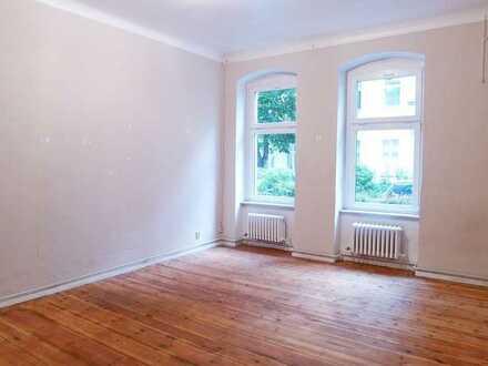 Befristet auf 2 Jahre: Altbauwohnung in Berlin-Siemensstadt, Wernerwerkdamm/Renovierungsbedarf