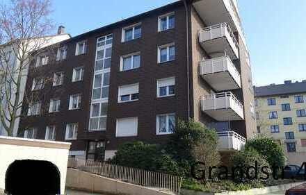 Vollständig renovierte 3,5-Zimmer-Wohnung mit Balkon in Essen
