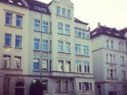 Große 4-Zimmer-Wohnung Altbau mit neuem Bad im Östl. Ringgebiet