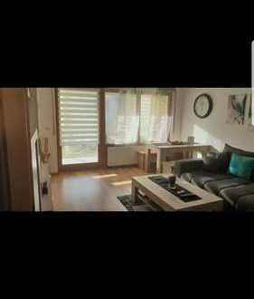 Gepflegte 2,5-Zimmer-Hochparterre-Wohnung mit Einbauküche in Schramberg-Sulgen