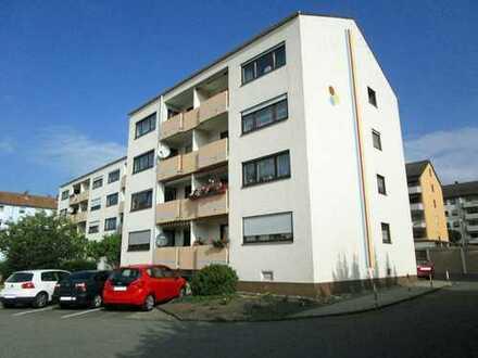 KL-Ost - Gepflegte 3-Zimmerwohnung mit Loggia