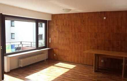 Modernisierte 3-Zimmer-Wohnung mit Balkon und EBK in Pforzheim