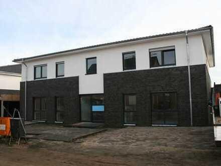 Erstbezug: freundliche 3-Zimmer-EG-Wohnung mit Garten, Carport u. EBK - Nordrhein-Westfalen - Legden