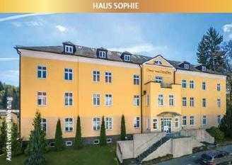 66/18 - Schöne große 2-Zimmer-Terrassen-ETW im EG in einer traumhaften Villa - Wohnresidenz im Ku...