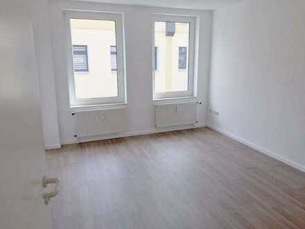 Tolle 5-Raum-Wohnung mitten im Zentrum von Zwickau - auch WG-geeignet!