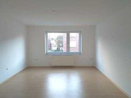 Schöne 3,5 Zimmer Wohnung mit Balkon in sonniger Lage