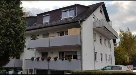 Schick & hell! DG-Wohnung in der beliebten Böckler Siedlung mit Balkon und Garage!