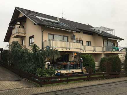 Sonnige, gepflegte 3-Zimmer-Wohnung mit gr. SW-Balkon in Karlsbad-Ittersbach